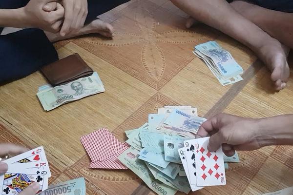 Cán bộ thuế đánh bạc với doanh nghiệp, Tổng cục Thuế chỉ đạo khẩn