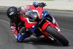 Top 5 mẫu mô tô phù hợp cho người chơi mới nhập môn