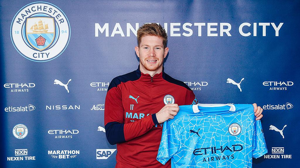 Man City thưởng nóng hợp đồng 'khủng' cho De Bruyne
