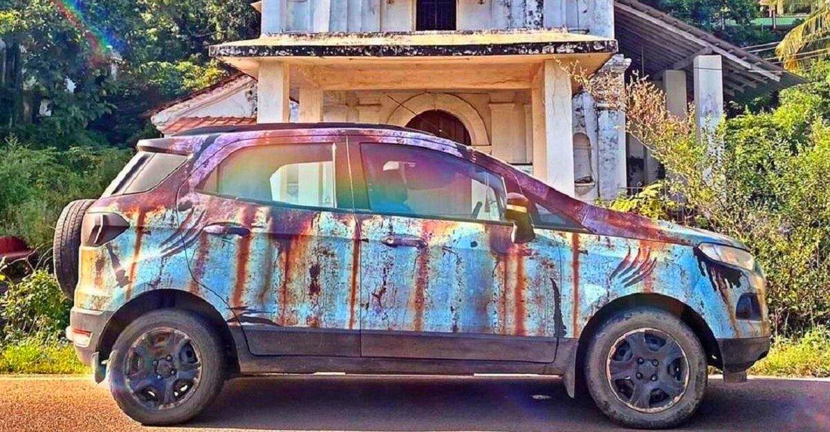 """Ford EcoSport sơn phong cách """"rỉ sét"""" dị nhất từng thấy"""