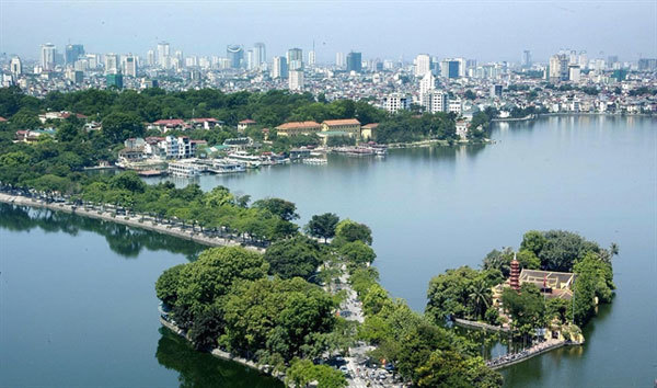 Residents say Hanoi a good place to live despite high living cost