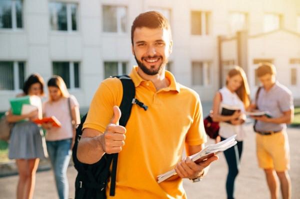 7 điều sinh viên năm cuối cần khi chọn công việc tương lai