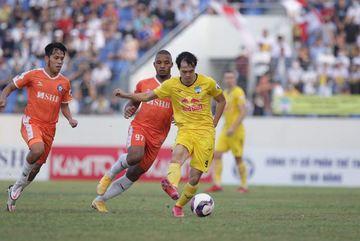 Văn Toàn, Tiến Linh tranh bàn thắng đẹp nhất vòng 8 V-League