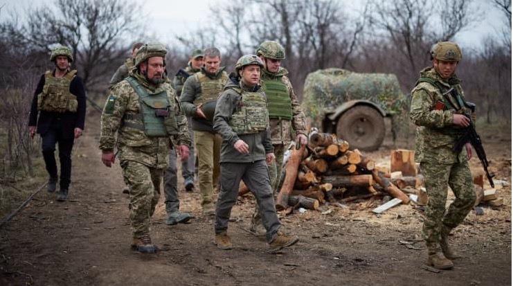 Nga khẳng định duy trì quân đội ở biên giới với Ukraina