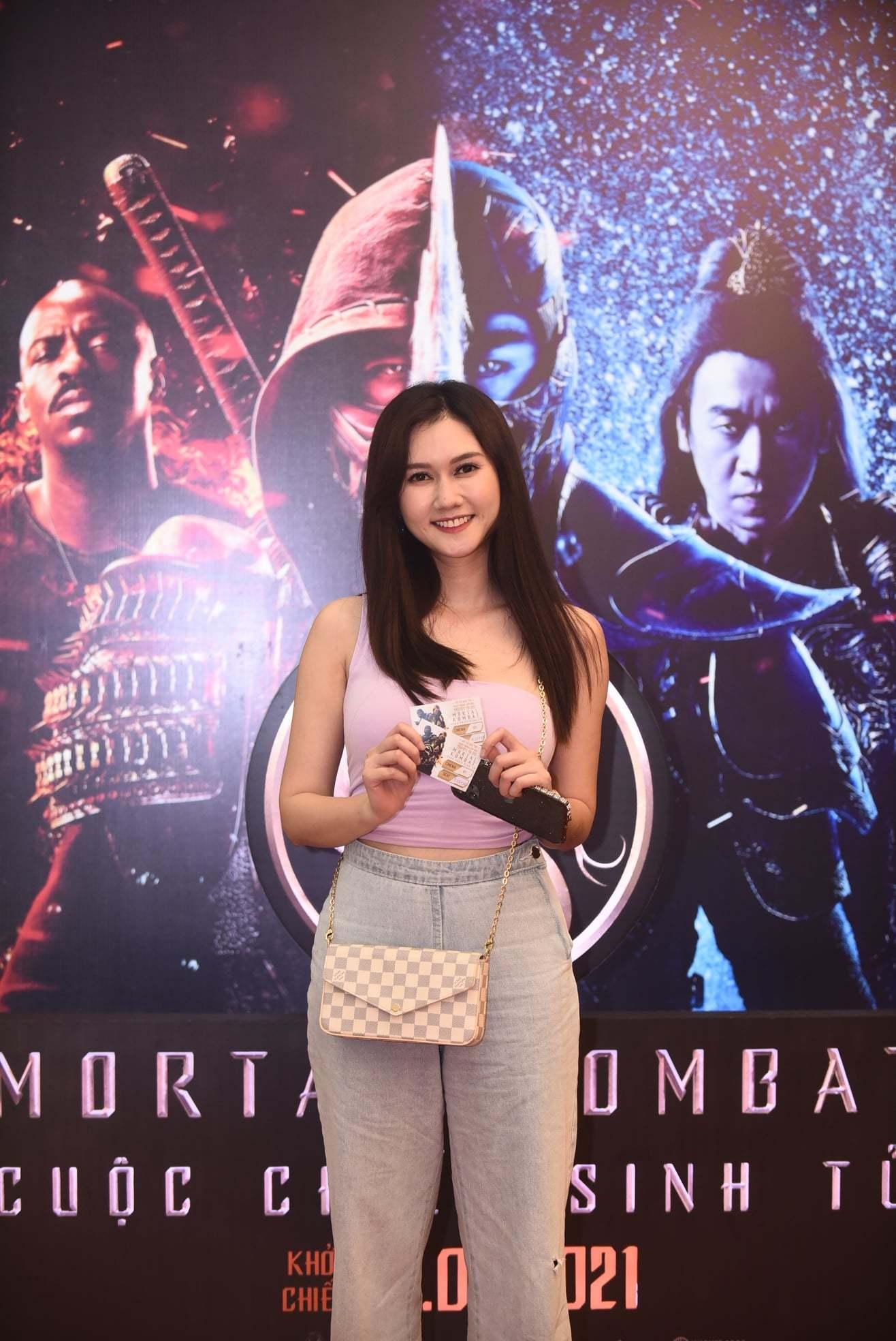 Huỳnh Anh xuất hiện cùng bạn gái MC hơn 6 tuổi