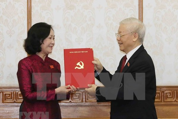 Truong Thi Mai becomes first female head of PCC's Commission for Organization
