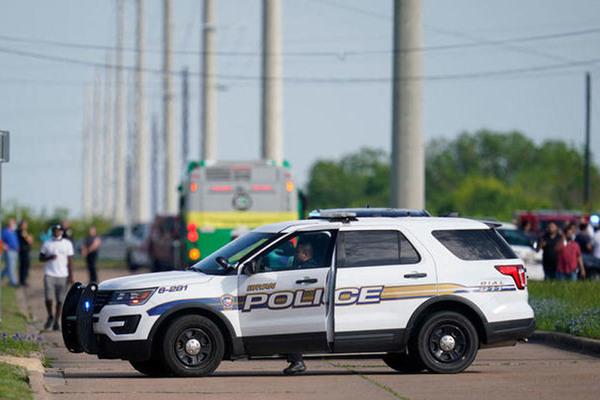 Xả súng bắn giết ở thành phố Mỹ, 7 người thương vong