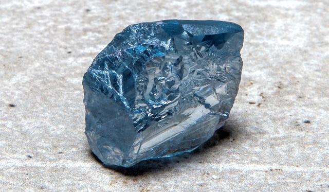 Đào được viên kim cương xanh khủng, nặng 39,34 carat