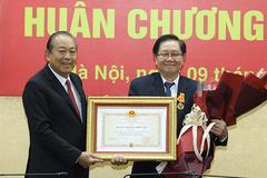 Nguyên Bộ trưởng Lê Vĩnh Tân 'hạ cánh vinh quang' chứ không phải 'hạ cánh an toàn'