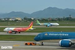 'Cháy' vé máy bay dịp 30/4-1/5, khách đổ xô tới các điểm du lịch
