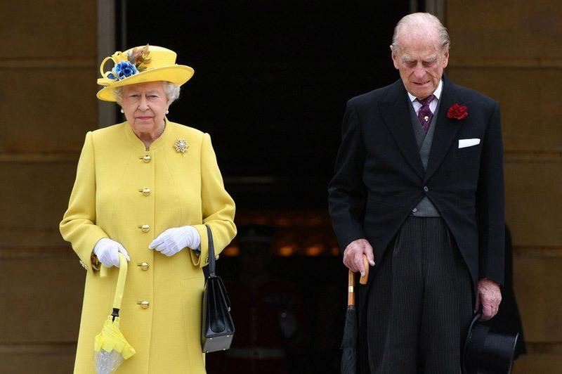 Những dấu ấn khó quên trong cuộc đời chồng Nữ hoàng Anh
