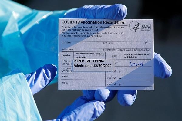 Báo động nạn 'hộ chiếu vắc-xin' giả