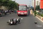 Xe buýt tông văng xe máy, cán chết người đàn ông ở TP Thủ Đức