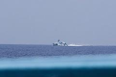 Philippines điều tra vụ tàu chở phóng viên bị chiến hạm Trung Quốc truy đuổi