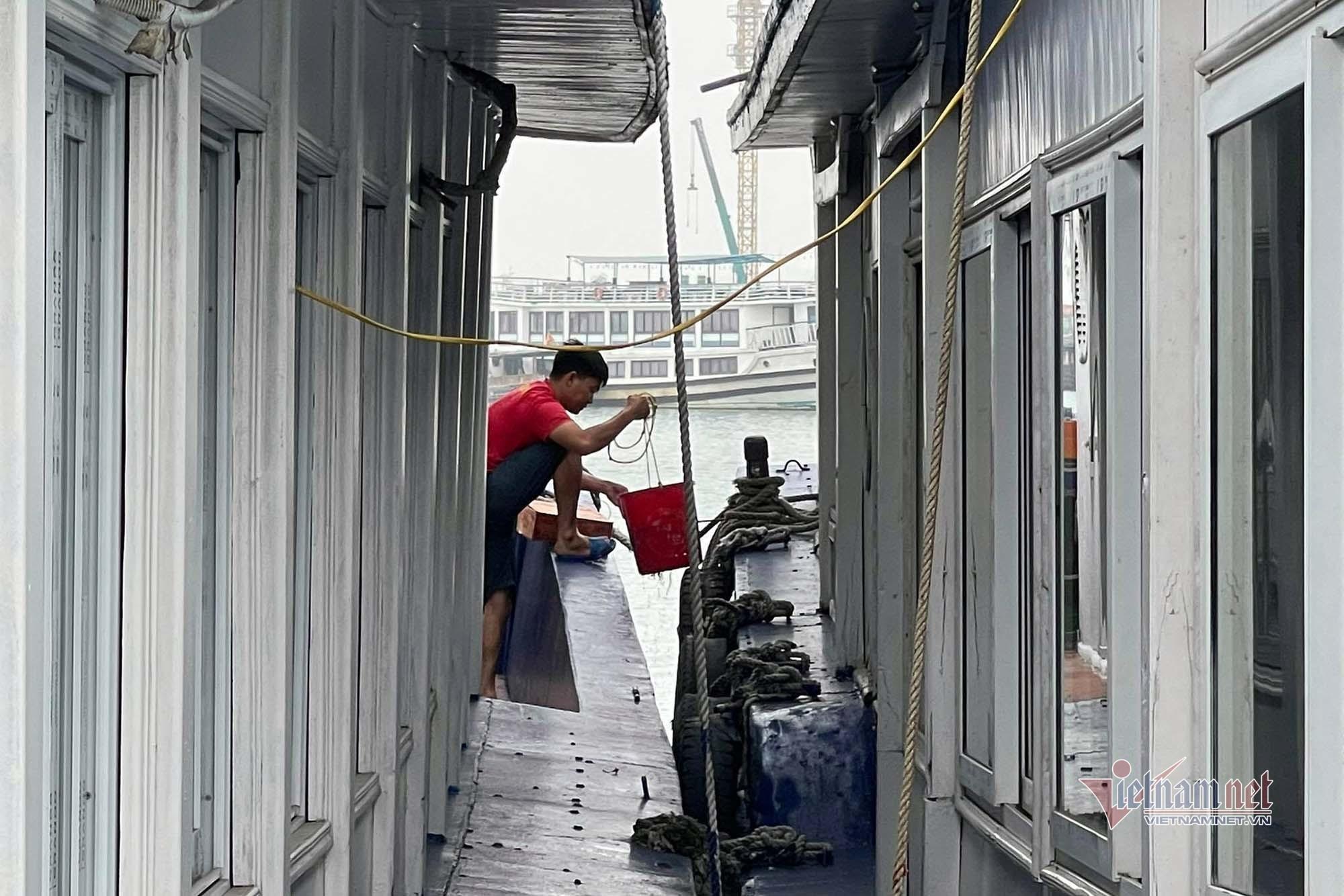 Quảng Ninh ảm đạm khách du lịch ngày cuối tuần dù đã 'mở cửa'