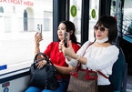 Trải nghiệm 'cực chất' với xe buýt điện đầu tiên ở Việt Nam