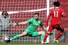 Liverpool 0-1 Aston Villa: Watkins lập đại công (H1)