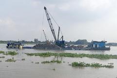 Vụ bán mỏ cát sông Tiền với giá 2.812 tỷ đồng 'là điều bất thường'