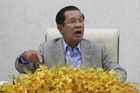 Campuchia ra 'tối hậu thư', Thái Lan mở bệnh viện dã chiến chống Covid-19