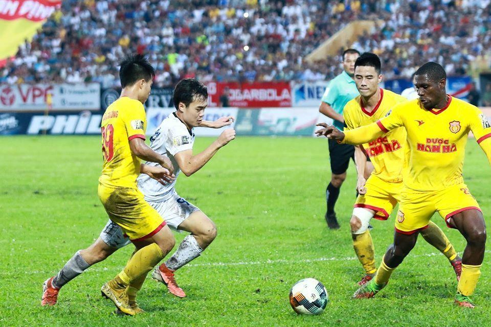 Nhận định HAGL đấu Nam Định: Thầy trò Kiatisuk tiếp đà thắng