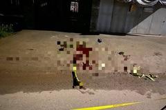 Hỗn chiến trước quán karaoke ở Bình Dương, 2 người chết