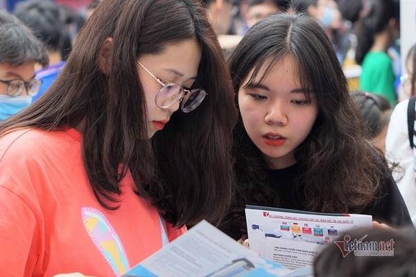 ĐH Ngoại thương nói về việc xét tuyển kết hợp chứng chỉ IELTS, TOEFL