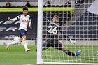 Tottenham 1-0 MU: Son Heung-min mở tỷ số (H2)