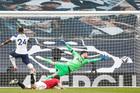 Tottenham 1-2 MU: Cavani bừng sáng (H2)