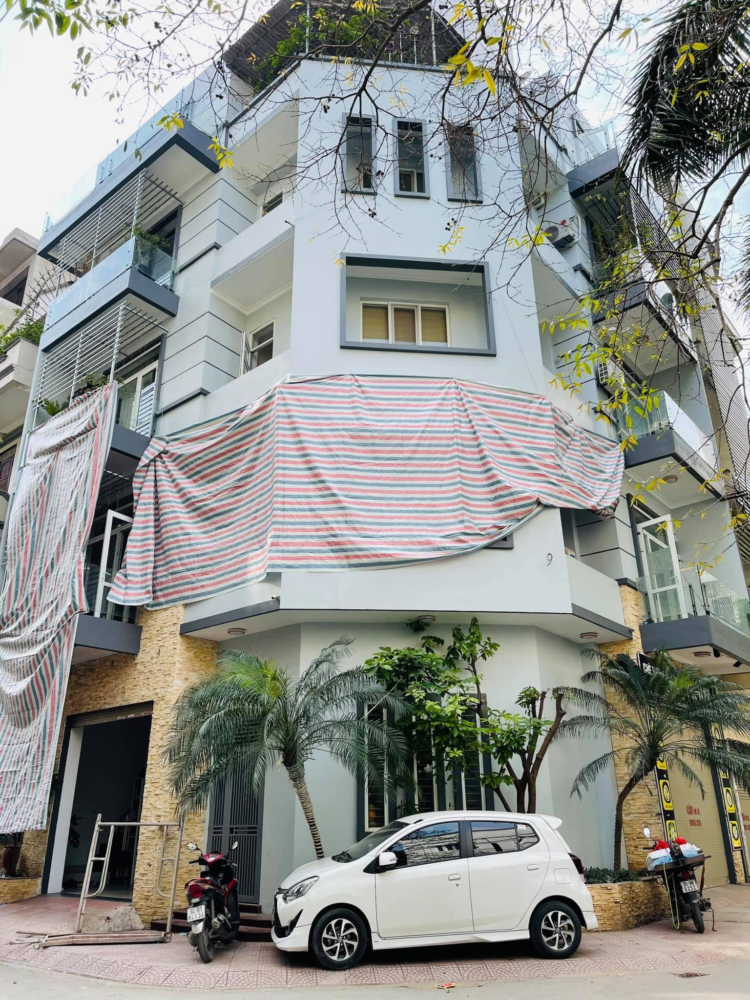 Hồng Đăng khoe biệt thự nhà phố 3 mặt tiền
