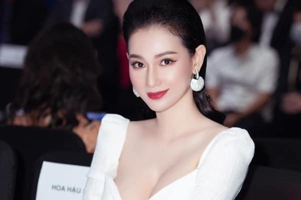 MC Quỳnh Chi: 'Từ khi phát hiện bị ung thư, tôi chỉ khóc một lần'
