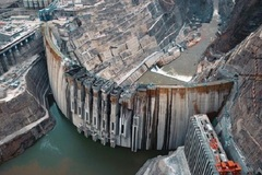 Cận cảnh đập thủy điện lớn thứ hai thế giới sắp đi vào hoạt động