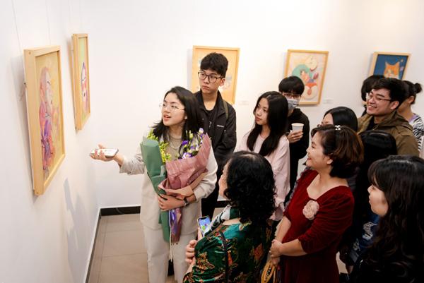 Hồi Hải Mã - triển lãm tranh của 8 tài năng trẻ Vinschool