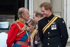 Hoàng tử Harry lần đầu lên tiếng sau khi Hoàng thân Philip qua đời