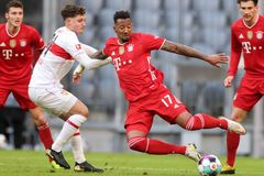 Mourinho cầu cứu trung vệ hết thời của Bayern Munich