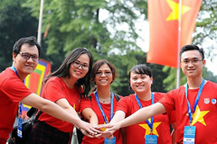 Better incentives needed to attract Vietnamese talents to return to homeland: official