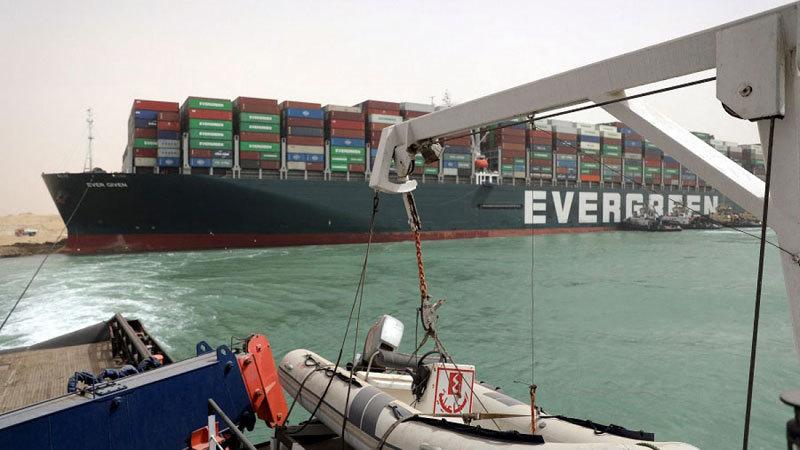 Ai Cập yêu cầu bồi thường 1 tỷ USD sau vụ kẹt tàu ở kênh đào Suez