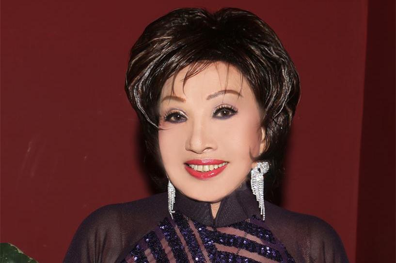 Nghệ sĩ Hồng Nga về nước làm show sau thời gian dài bị kẹt ở Mỹ