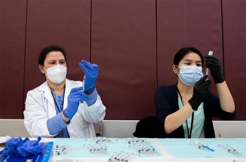 Mỹ yêu cầu dừng sử dụng vắc-xin Johnson & Johnson ngừa Covid-19