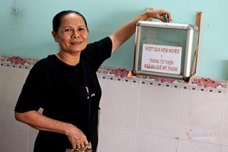 Lý do người phụ nữ Long An 10 năm đặt thùng từ thiện trong quán nước nhỏ