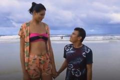 Cặp đôi 'siêu lệch' chồng thấp vợ cao vượt thị phi tìm hạnh phúc