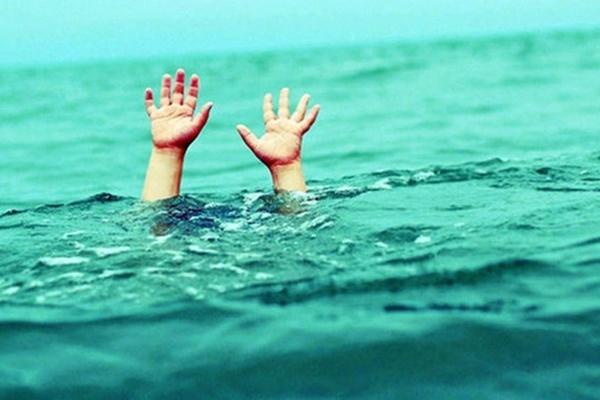 Ngã xuống hồ nước tưới cà phê, 3 bé trai ở Đồng Nai tử vong