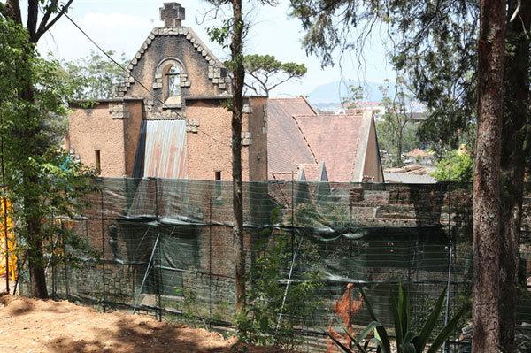 Old Da Lat monasteries get second life