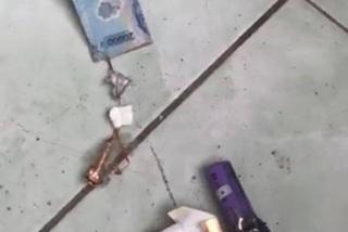 Gỡ tờ tiền khiến bao thuốc lá phát nổ, một người bị thương