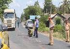 Hai người đàn ông tử vong trong vụ tai nạn liên hoàn trên quốc lộ 53