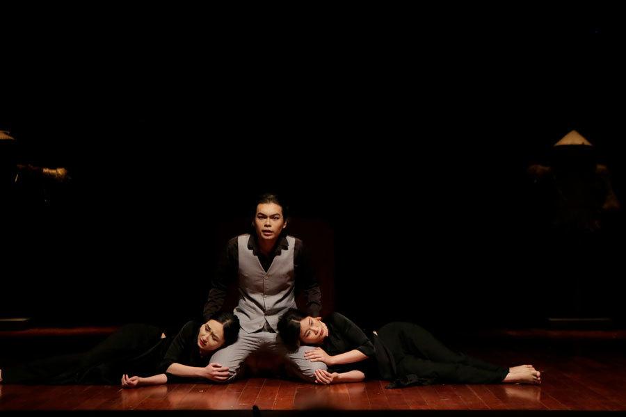 NSƯT Bùi Như Lai ra mắt kiệt tác sân khấu 'Edip làm Vua'
