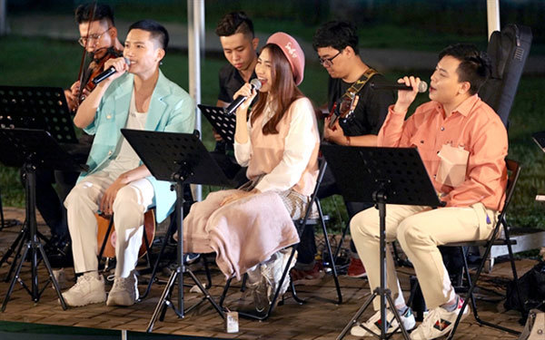 New shows, young singers are attracting big audiences
