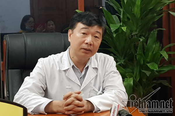 Bach Mai Hospital,autonomy,mass resignation