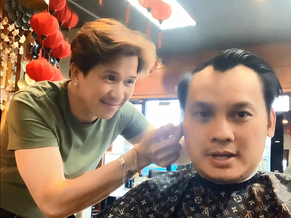 Ca sĩ Vân Trường 'Chân tình' tuổi 51 độc thân, làm thợ cắt tóc ở Mỹ