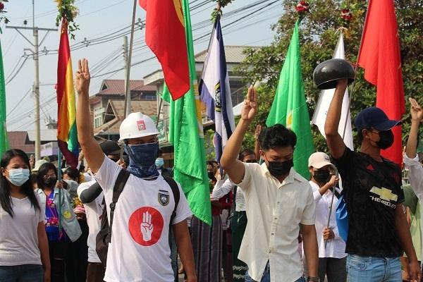 Thủ lĩnh phe phản đối chính biến ở Myanmar bị bắt giữ