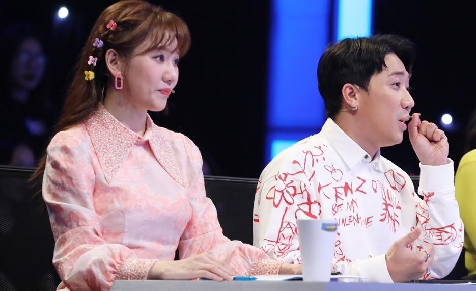 Trấn Thành, Hari Won thích thú vì bé gái 8 tuổi tạo kiểu tóc lạ, đẹp - giá vàng 9999 hôm nay 221